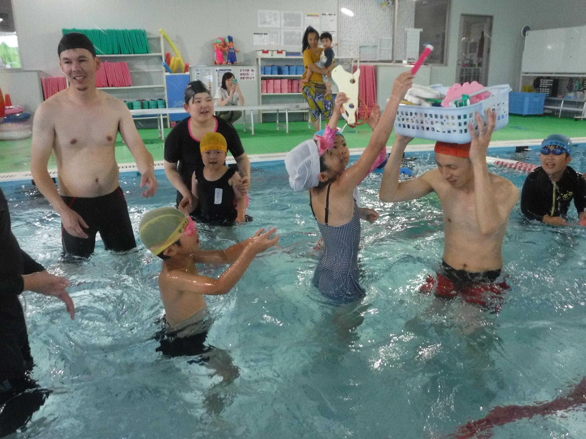 6月30日に楽しい水泳教室を開催しました!